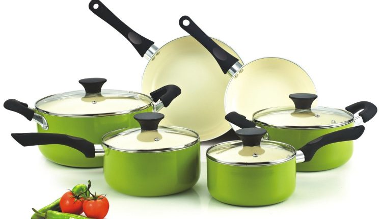 Advantages of Nonstick Pans, Cookware, and Bakeware